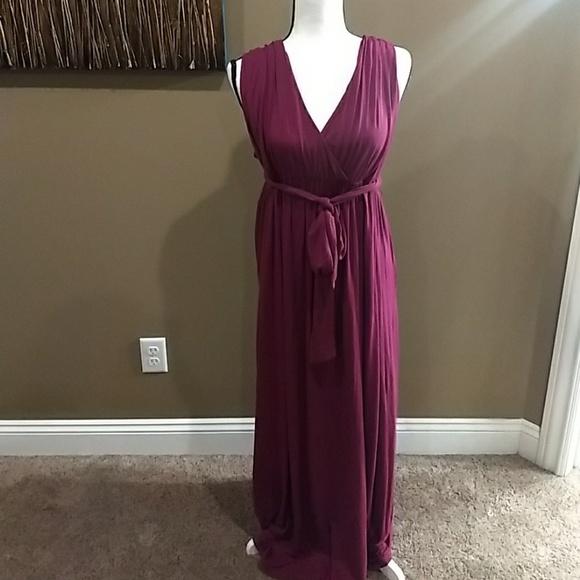 debea86ef1f Liz Lange for Target Dresses   Skirts - Liz Lange maternity maxi dress